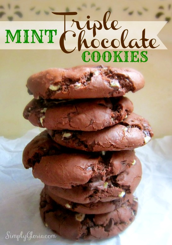 Mint Triple Chocolate Cookies - SimplyGloria.com #mint #chocolate #cookie