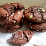 Mint Triple Chocolate Cookies SimplyGloria.com #mint #chocolate #cookies