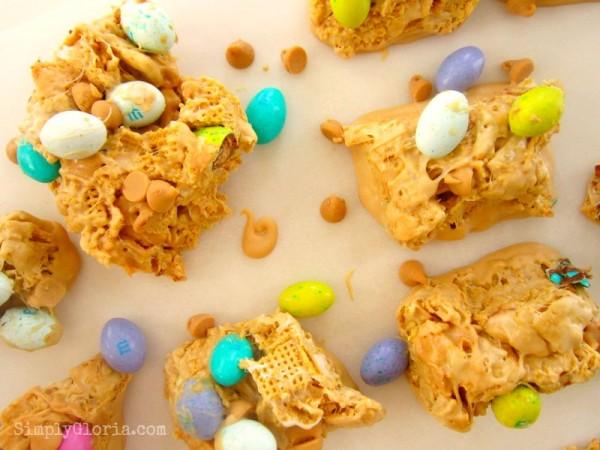 Triple Peanut Butter Bars @ SimplyGloria.com