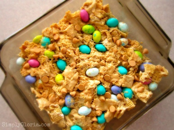 Triple Peanut Butter Chex Bars by SimplyGloria.com #pb