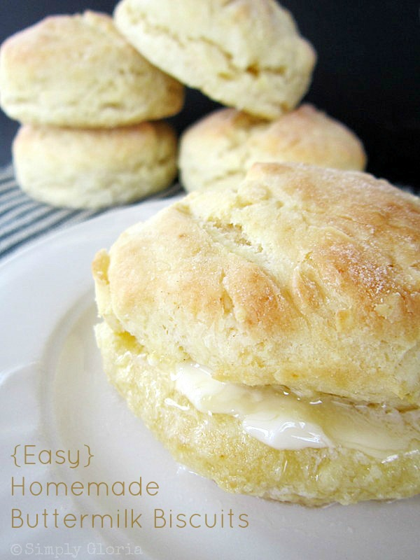 Buttermilk Biscuits - SimplyGloria.com