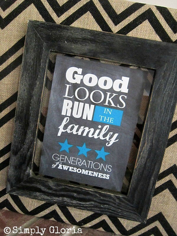 Chevron Burlap and Free Printable - SimplyGloria.com