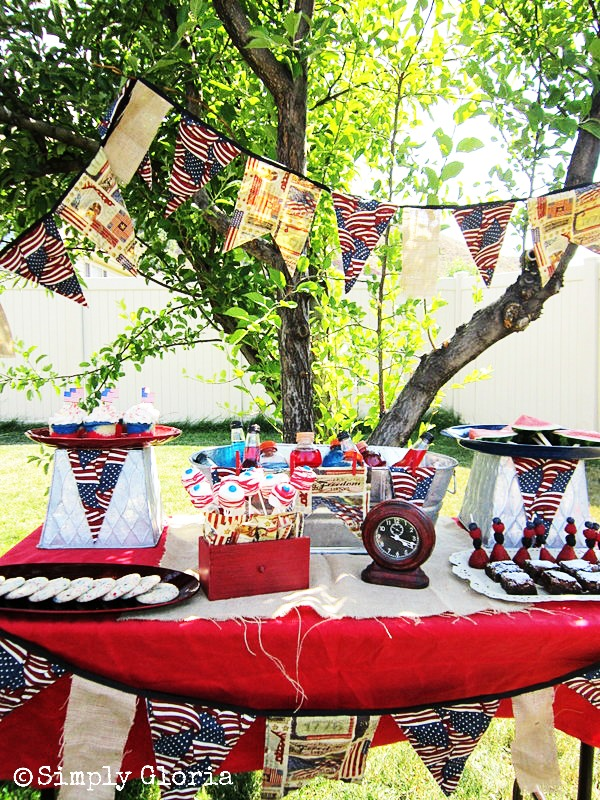 July 4th Dessert Table - SimplyGloria.com