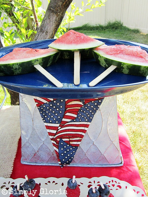 July 4th Dessert Table2 - SimplyGloria.com