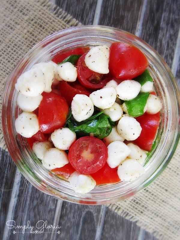 Picnic Style Caprese Salad - SimplyGloria.com
