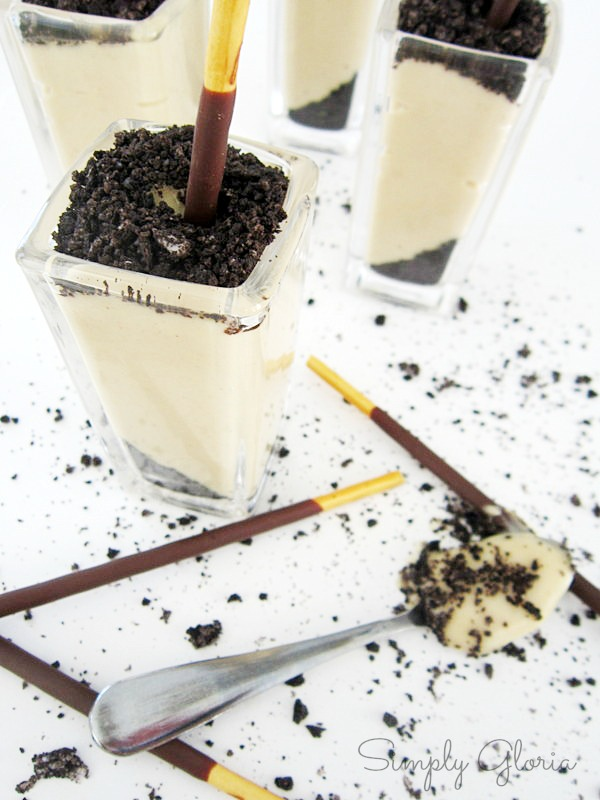 Peanut Butter Custard Dessert Shots - SimplyGloria.com