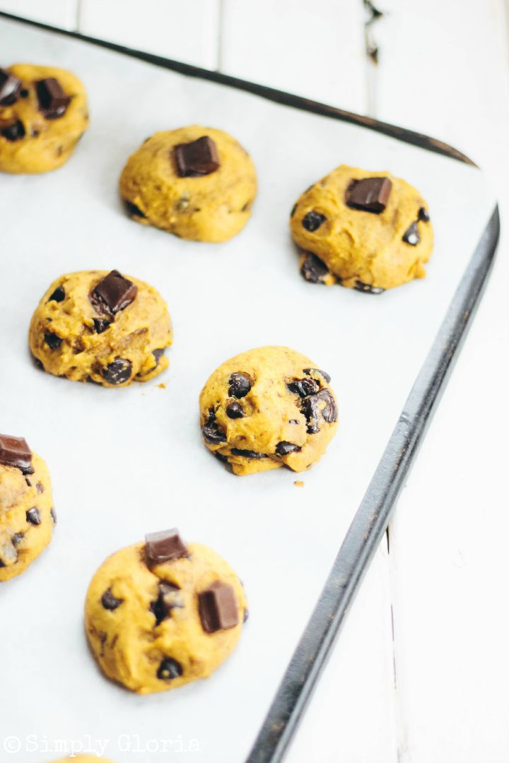 Pumpkin Chocolate Chip Cookies by SimplyGloria.com #pumpkin ii