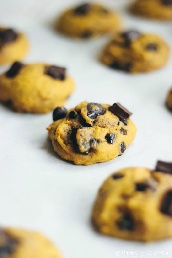 Pumpkin Chocolate Chip Cookies by SimplyGloria.com #pumpkin iv