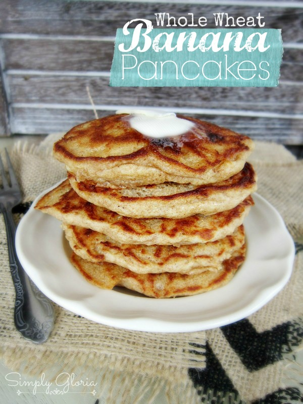 Whole Wheat Banana Pancakes by SimplyGloria.com Super moist and fluffy #pancakes!