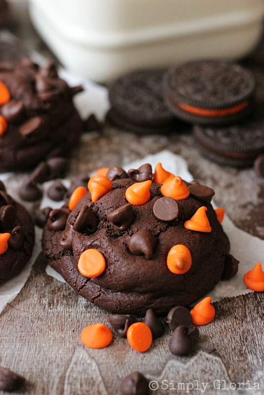 Oreo Stuffed Chocolate Cookies  @ SimplyGloria.com