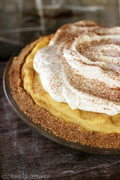 No-Bake-Eggnog-Pie-that-is-always-a-1-favorite-every-year-pie-eggnog ...
