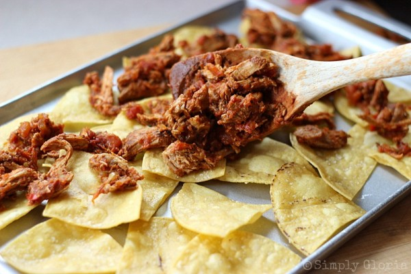 Pulled Pork Nachos from SimplyGloria.com Ingredients8