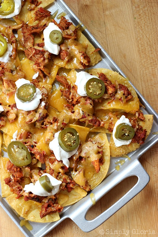 Pulled Pork Nachos from SimplyGloria.com #pork #nachos