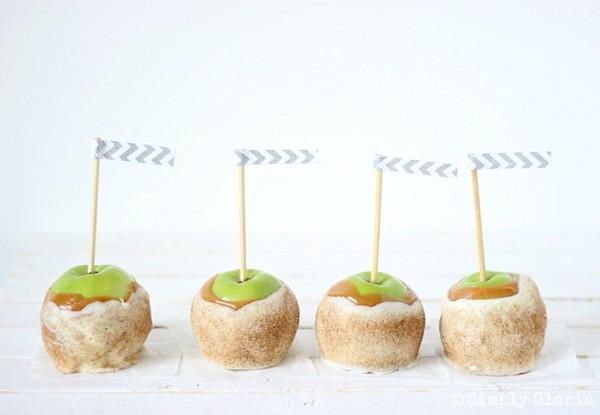 Chai Sugared Caramel Apples with SimplyGloria.com #chai #CandiedApples