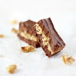 German Chocolate Fudge with SimplyGloria.com #coconut #chocolate