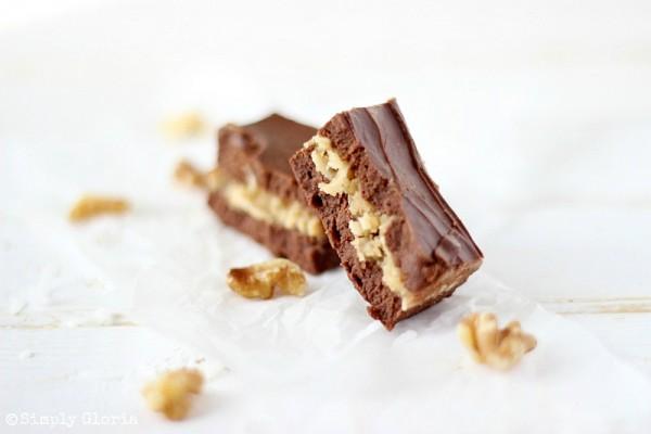 German Chocolate Fudge with SimplyGloria.com #coconut #chocolate