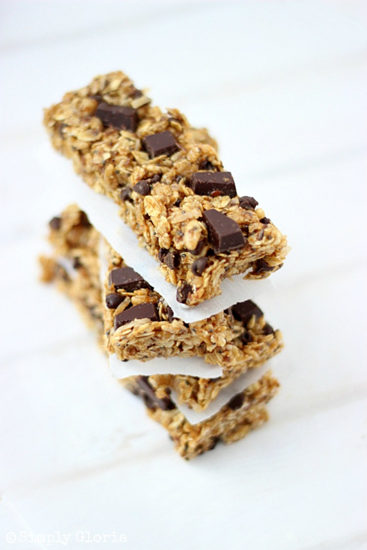 Chocolate Chunk Pumpkin Granola Bars with SimplyGloria.com #pumpkin #chai #chocolate