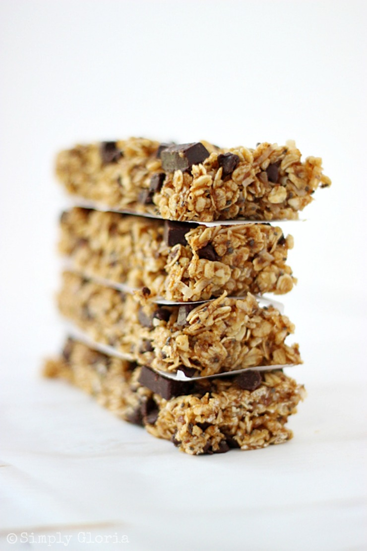 Chocolate Chunk Pumpkin Granola Bars with SimplyGloria.com #pumpkin #granola