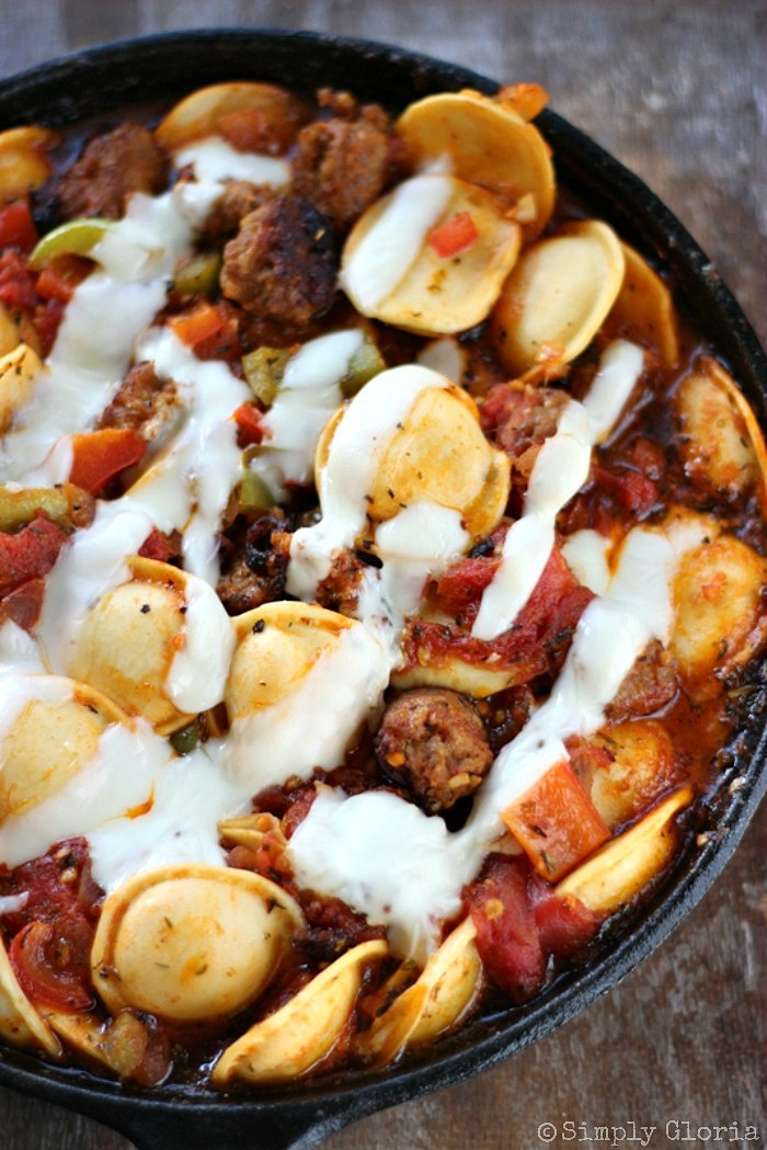 Italian Sausage and Ravioli Skillet with SimplyGloria.com #cheese #pasta