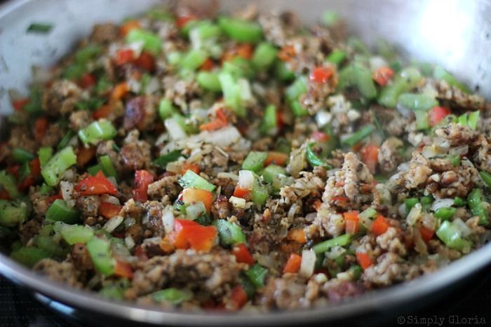 Sourdough Bread Stuffing with Italian Sausage from SimplyGloria.com #dressing 7