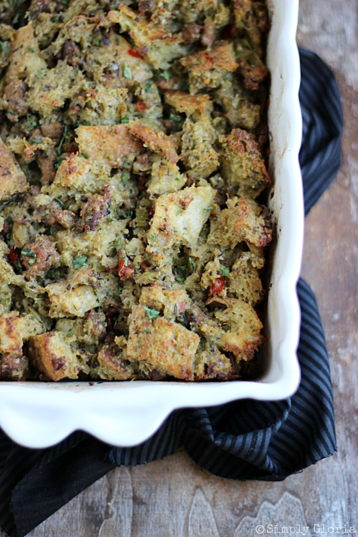 Sourdough Bread Stuffing with Italian Sausage from SimplyGloria.com #dressing #stuffing