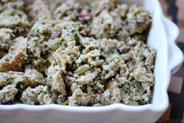 Sourdough Bread Stuffing with Italian Sausage from SimplyGloria.com #dressing xii