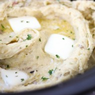 Slow Cooker Garlic Buttermilk Mashed Potatoes