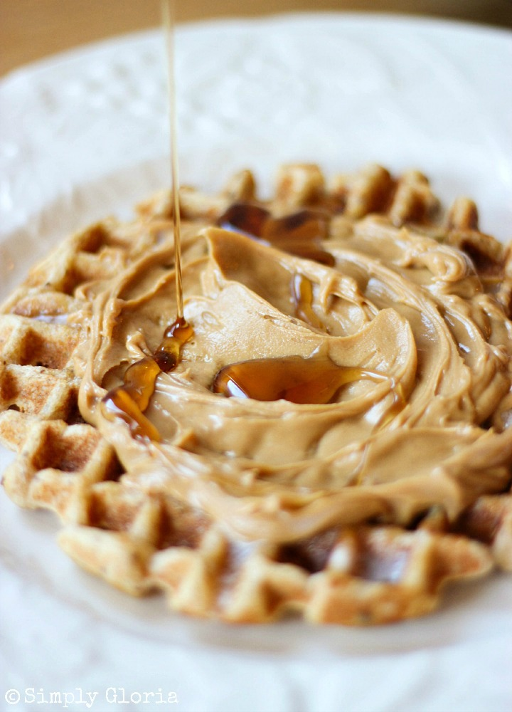 Vanilla Greek Yogurt Waffles with SimplyGloria.com #WholeWheat