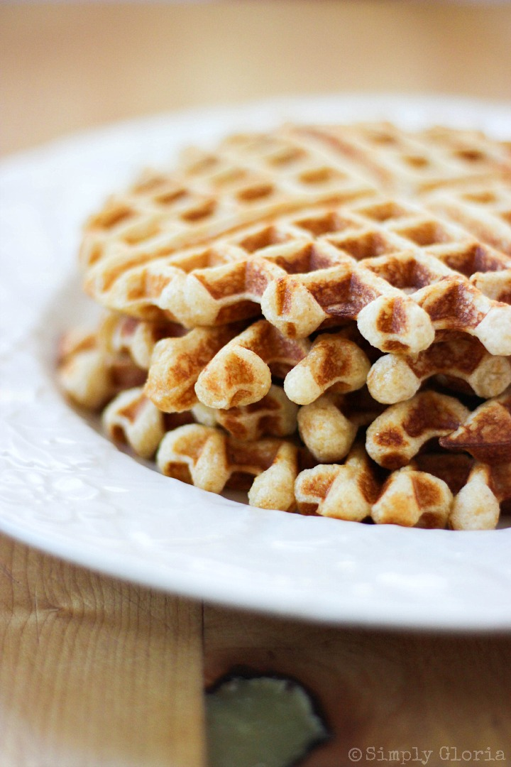 Vanilla Greek Yogurt Waffles with SimplyGloria.com #dinner