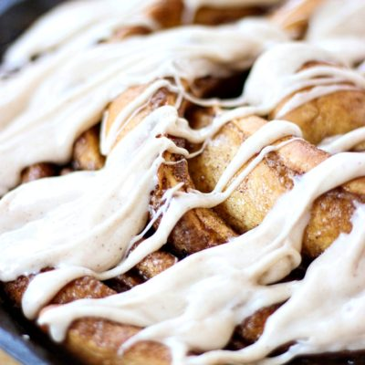 Cinnamon Roll Ring with Cinnamon Cream Cheese Frosting