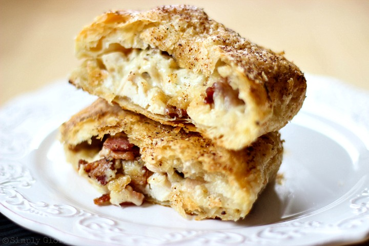 Chicken Alfredo Bacon Pastry Pockets via SimplyGloria.com #chicken