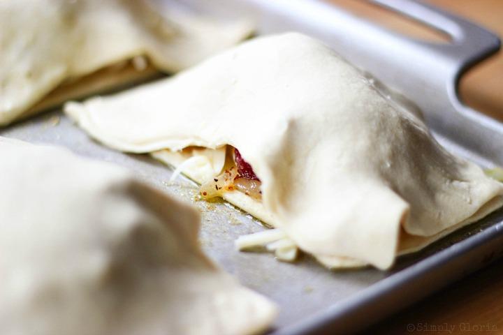 Chicken Alfredo Bacon Pastry Pockets via SimplyGloria.com iiiv