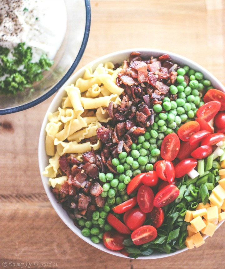 Peas and Bacon Pasta Salad with Greek Yogurt!