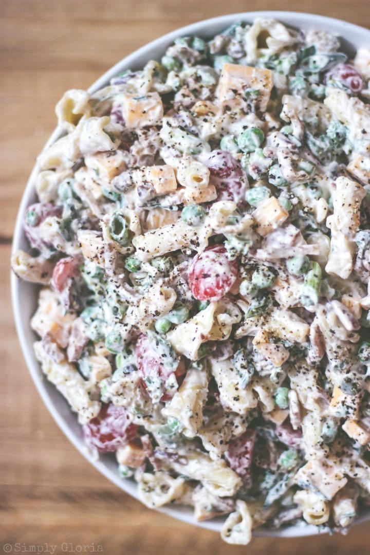 Peas and #Bacon Pasta Salad with Greek Yogurt!