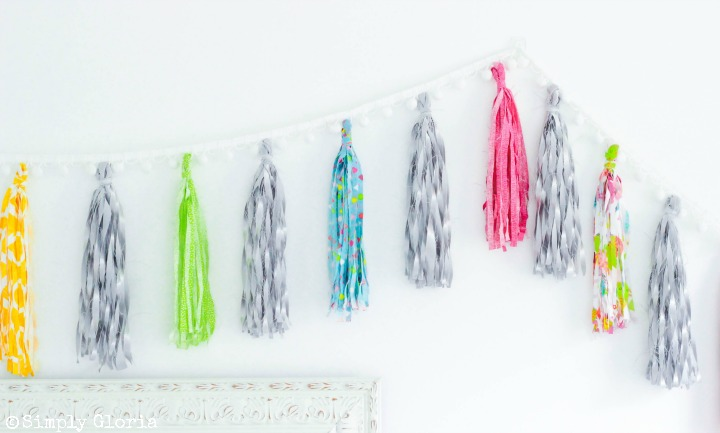 Making a No-Sew Fabric Tassel Garland is simple and fun with your favorite fabric! #tutorial viii